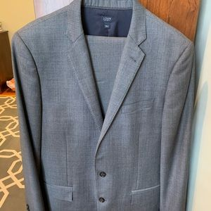 JCrew men's suit - VGUC or EUC - 40L and 34x34